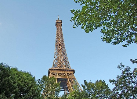 Eiffel Tower 01-450x220